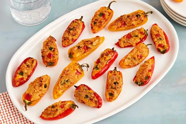 Chili con Queso-Stuffed Mini Peppers